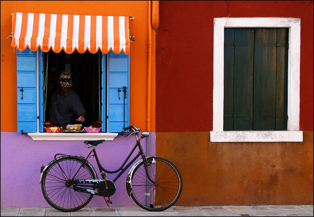 At the Shop by Rose King (Burano 2005, digital)